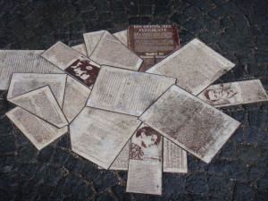 Roa Bianca - memoriale davanti la LMU